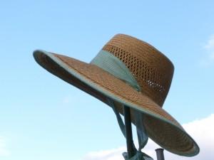 帽子をかぶると禿げる?禿げないための帽子の選び方・かぶり方